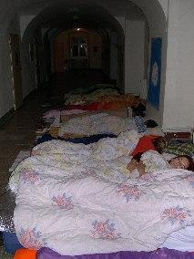 spani-v-kostele
